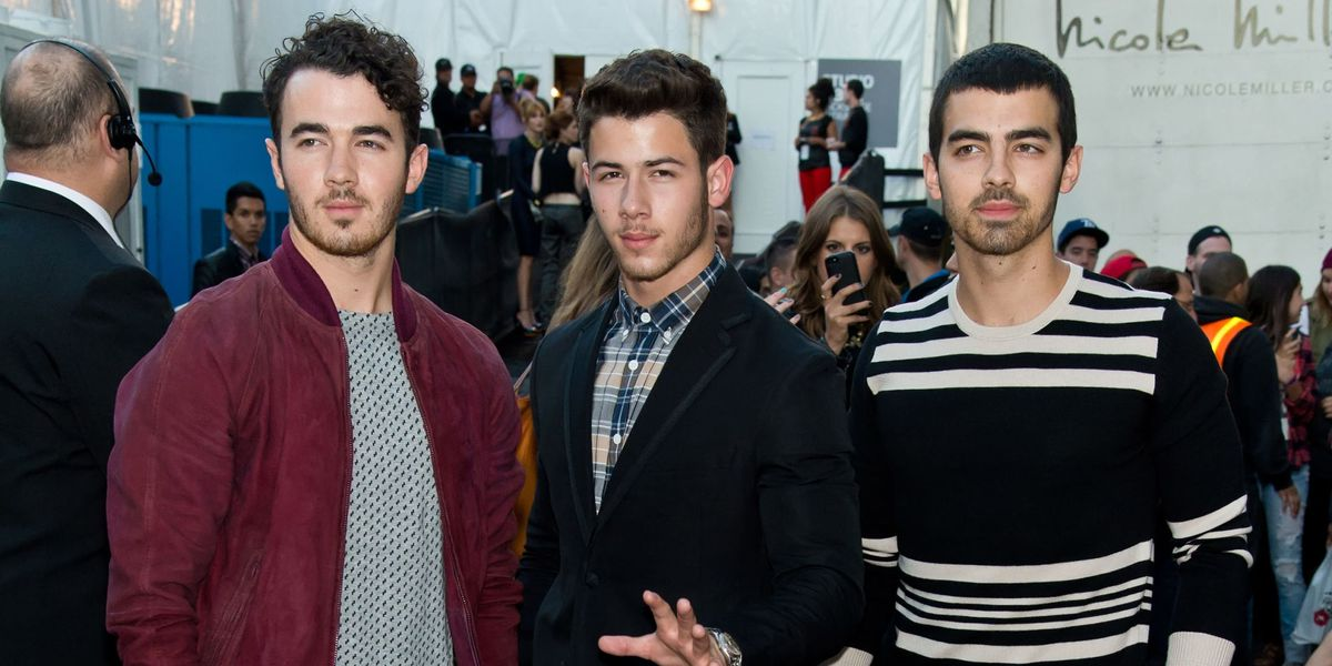 jonas-brothers-40-new-songs