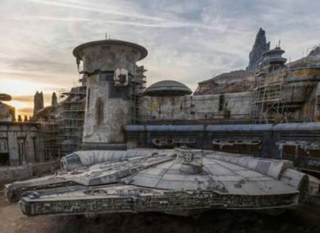 Disney World To Unveil New Star Wars Based Theme Park Costing $1 Billion