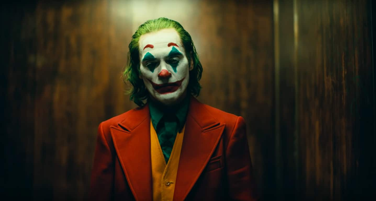 joaquin-phoenix-joker-first-poster-released