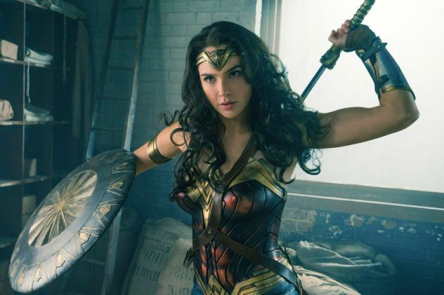 "Twitter User Trolls ""Wonder Woman 1984"" Poster, Fans Give Him The Ultimate Clapback"