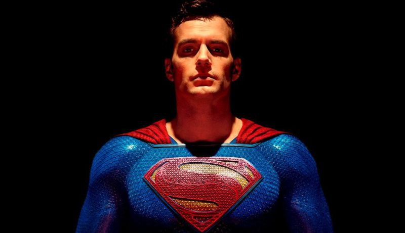 Henry Cavill's New Instagram Photo Channels Superman