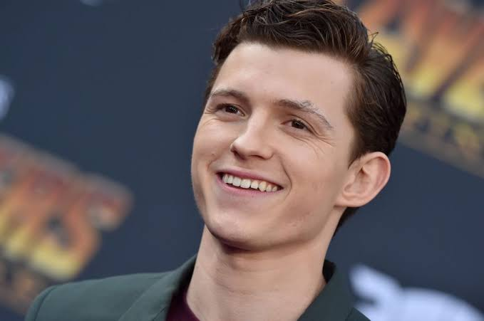 Spider-Man Star Tom Holland Teases A Likely TV Series
