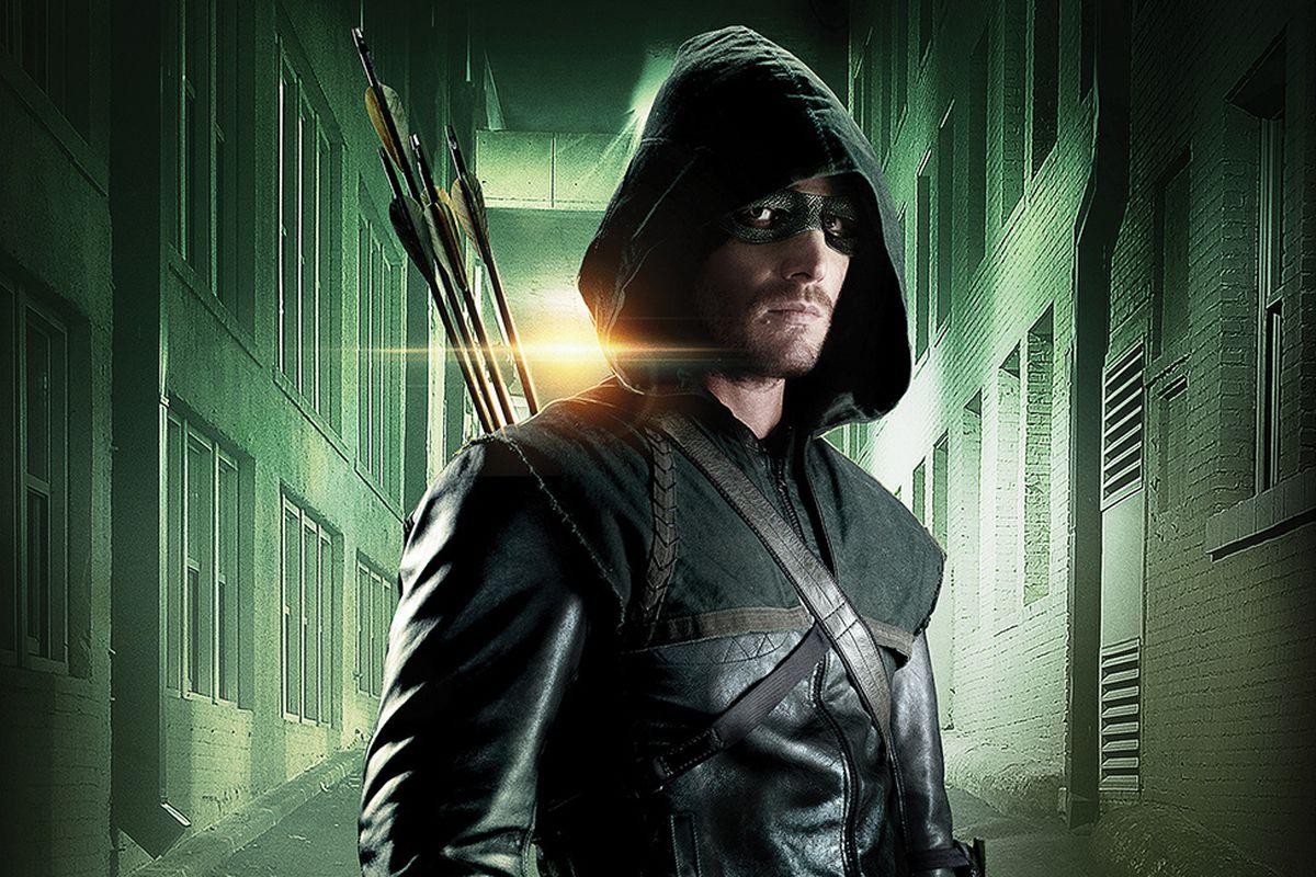 Actor Stephen Amell Uses Avengers: Endgame Meme for Arrow Teaser