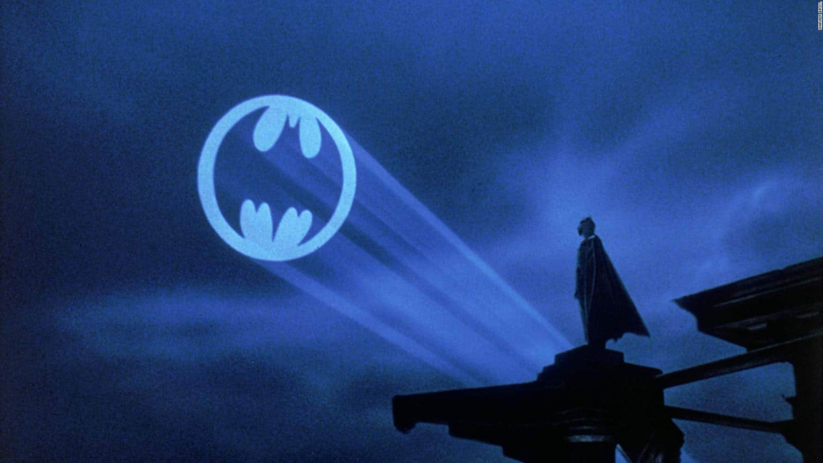 New Batman Fan Theory Summarizes Who the Bat-Signal Is Actually For