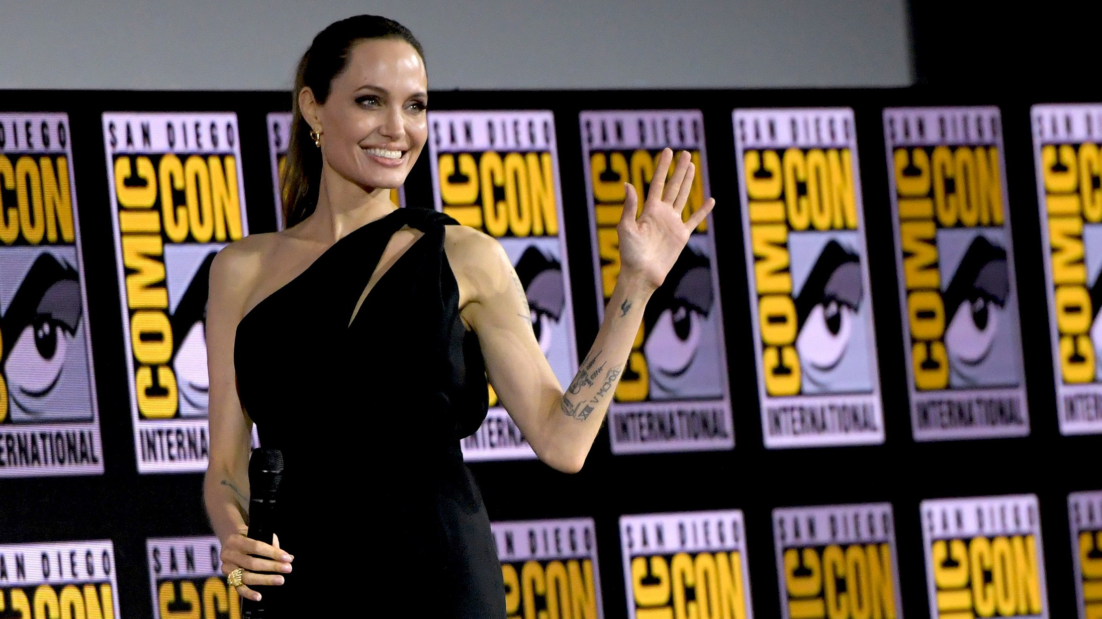 Angelina Jolie at San Diego Comic-con.Pic courtesy: Vogue