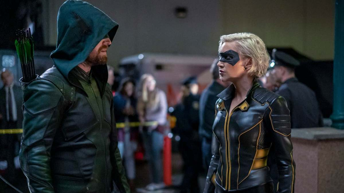 'Arrow' Season 8 Episode 6 marks the arrival of Quentin Lance and a perilous hostage emergency