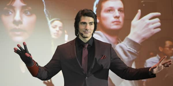 Brand Routh Leaving Legends of Tomorrow