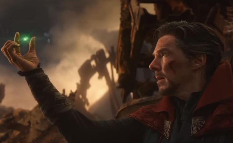 Dr strange gives Time stone to Thanos