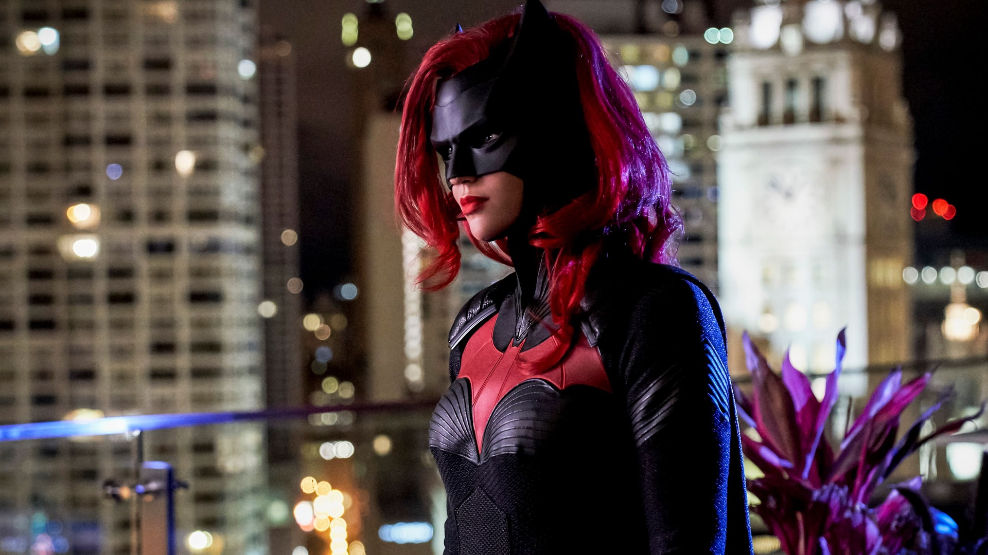 Alice Could Portray the Lead Villain in Batwoman and Bring with Herself an Element of Surprise !!