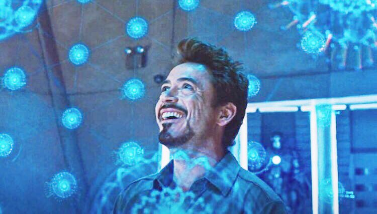 Tony figures Howard's design for the arc reactor