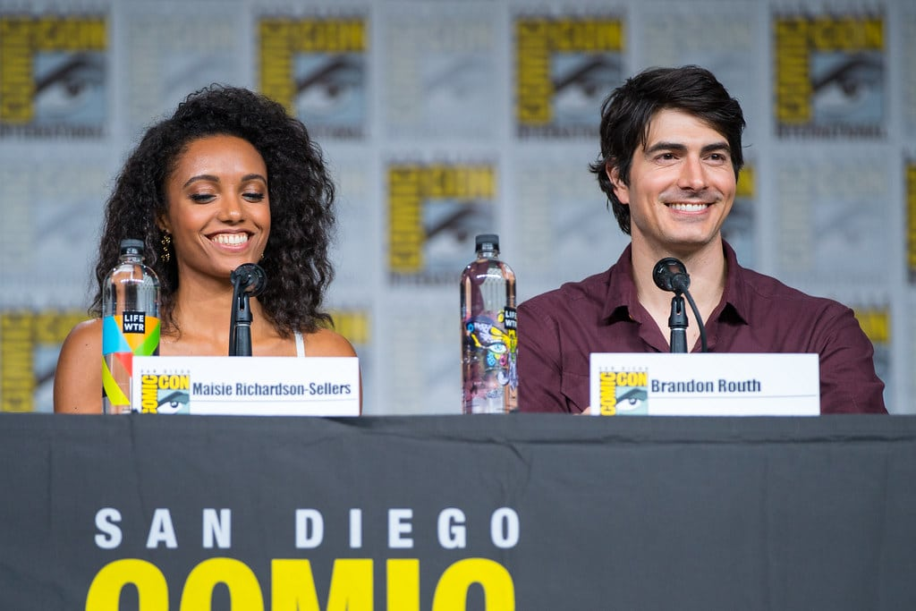Maisie Richardson-Sellers and Brandon Routh