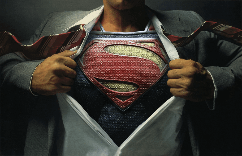 Superman tore his shirt in the movie Justice  League